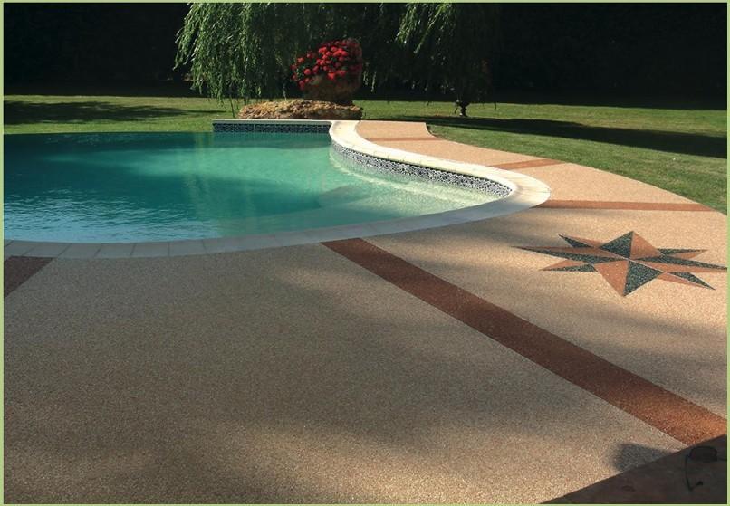 Foire de Montpellier - Plages de piscine avec un motifs
