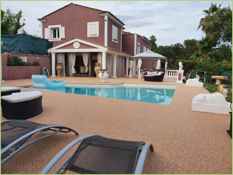 Foire de Montpellier - Terrasse plage de piscine brescia pernice